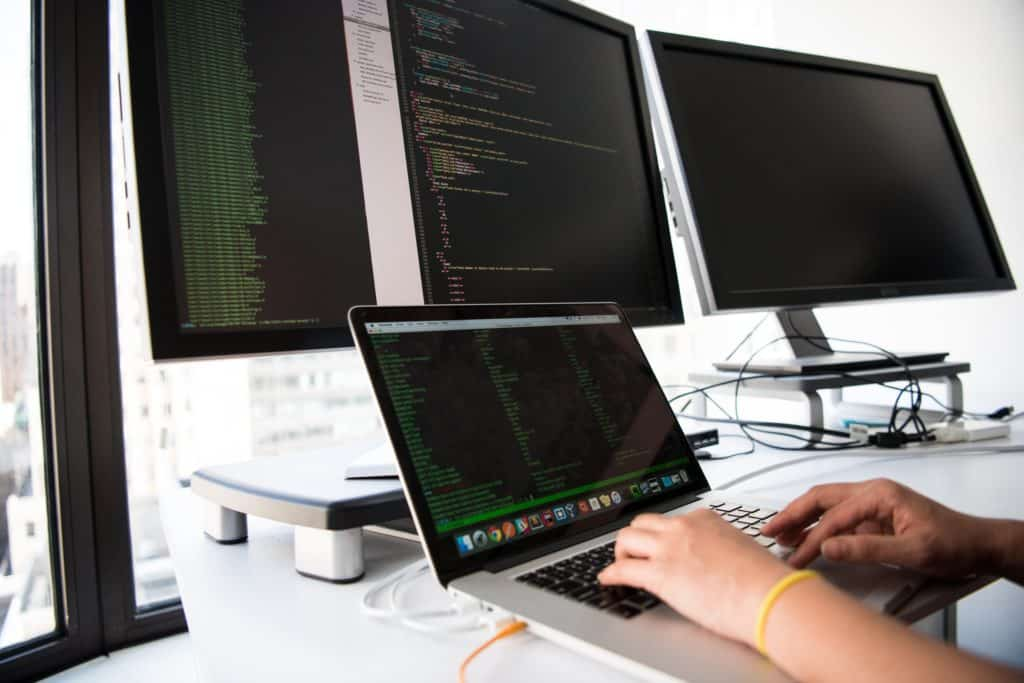 recession-proof jobs as data analysts